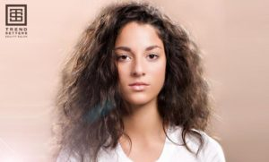 4 Simple Ways to Fight Frizzy Hair<br><br>